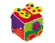 Cub pluş cu diverse activităţi